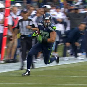 Seattle Seahawks tight end Luke Willson converts on third down
