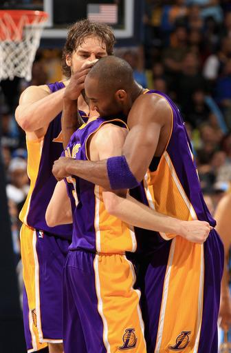 Supporting cast gives Lakers 3-1 edge over Nuggets