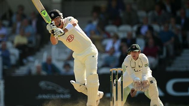 Ongoing talks with Kevin Pietersen will delay England naming side to tour India
