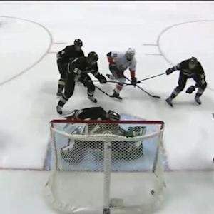 John Tavares buries a shot from the slot