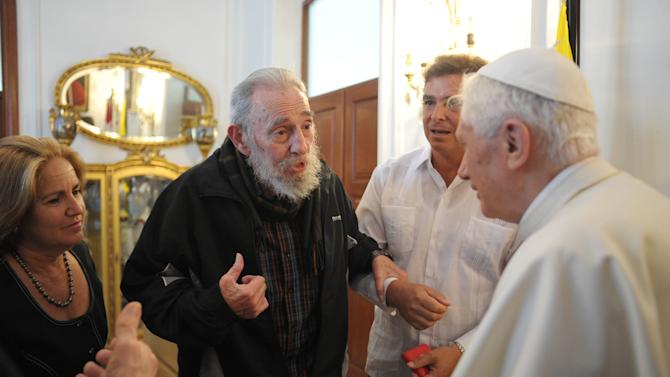 In this picture made available by the Vatican newspaper Osservatore Romano Pope Benedict XVI, right, meets with Fidel Castro in Havana, Cuba, Wednesday, March 28, 2012. (AP Photo/Osservatore Romano)