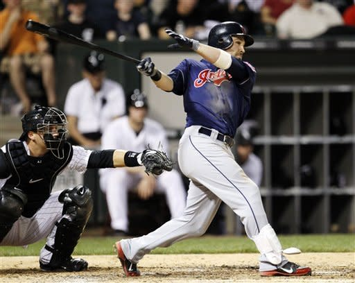 Kipnis powers Indians past White Sox 7-5
