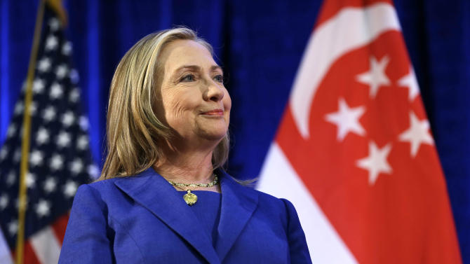 Clinton says Congress committed to budget deal