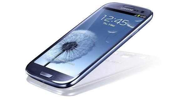 Apple looks to spoil Samsung's Galaxy S III party