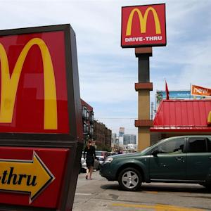 McDonald's to Raise Hourly Pay by 10%