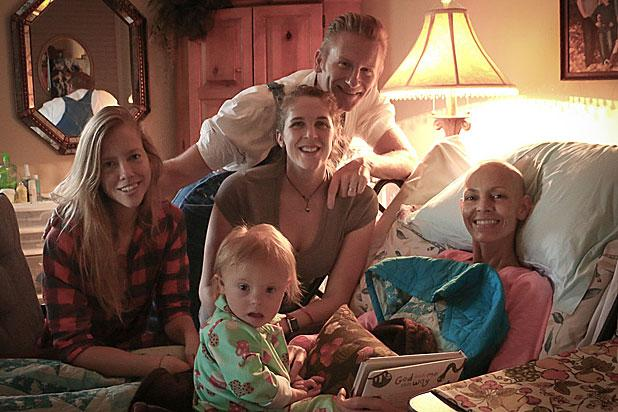 Joey Feek Cancer Battle: Country Star 'Can No Longer Get Out of Bed'