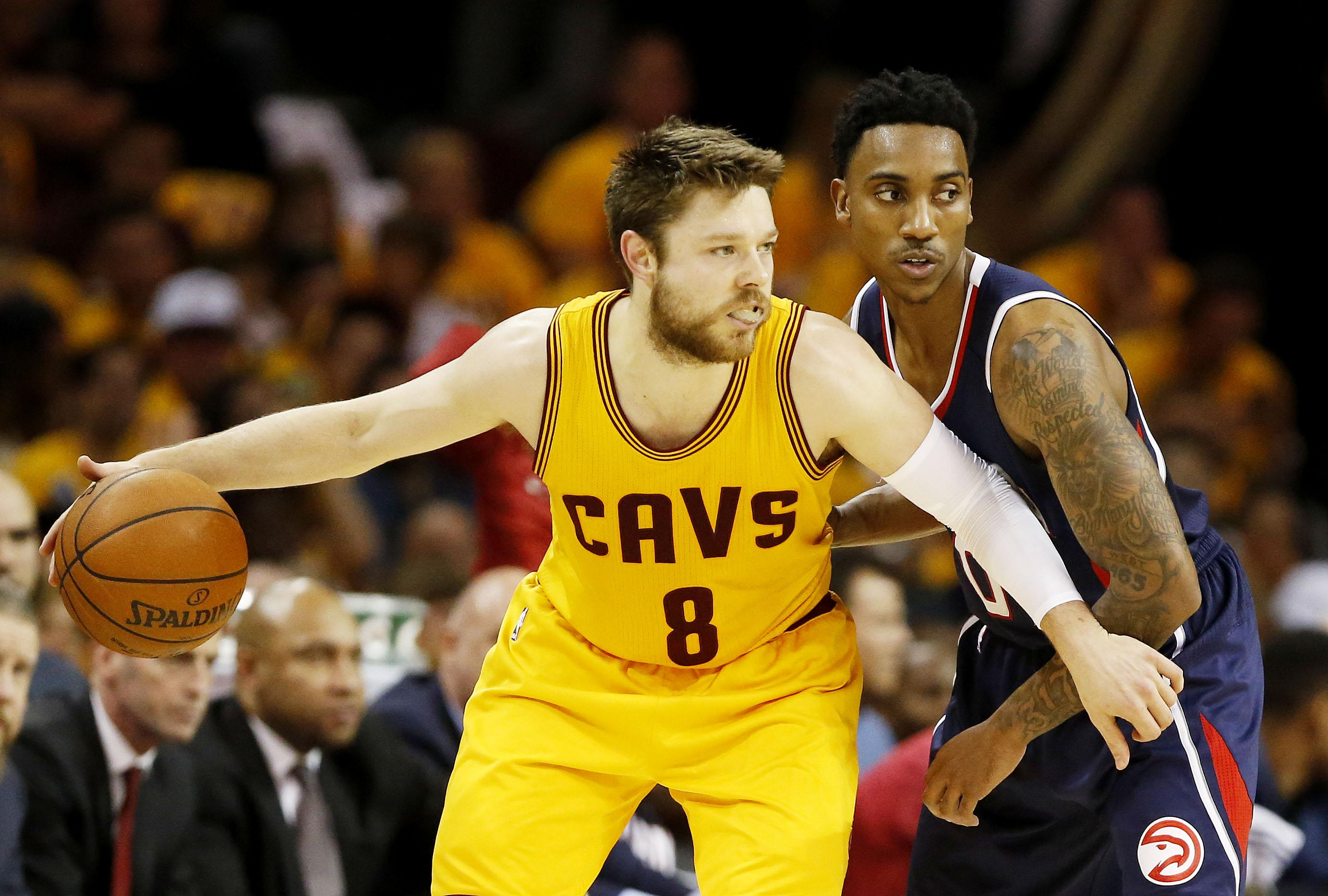 James defends Dellavedova over dirty play outcry