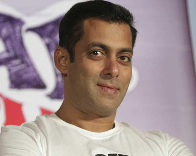 Salman turns a year older