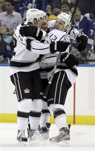 Clifford, Penner key Kings' 3-1 win over Lightning