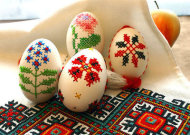 cross-stitch Easter eggs