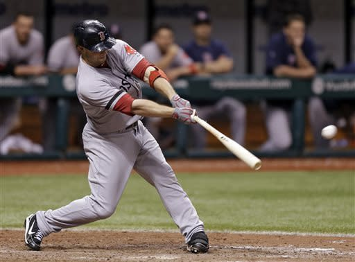 Nava's 14th-inning single lifts Red Sox over Rays