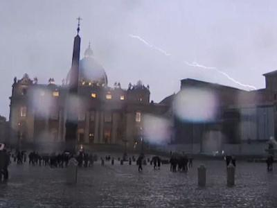 Raw: Lightning Flashes Over St. Peter's Square