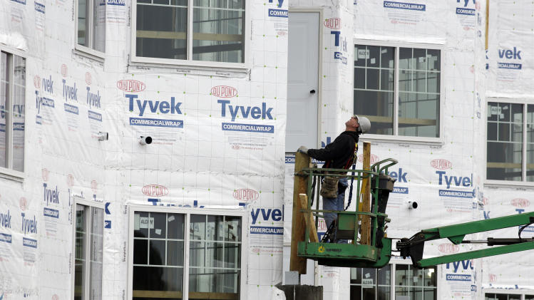 US homebuilder confidence steady near 7-year high