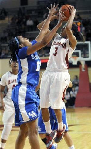 Stallworth helps No. 6 Kentucky women beat Alabama