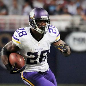 NFL Players Association to sue league on Adrian Peterson's behalf