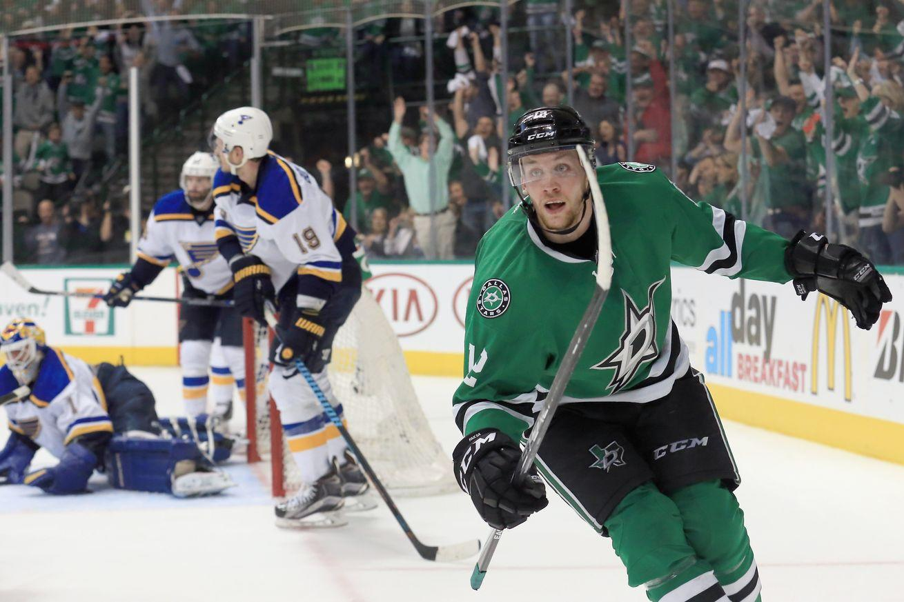 NHL playoff scores 2016: The Central Division flexed their muscles in Dallas