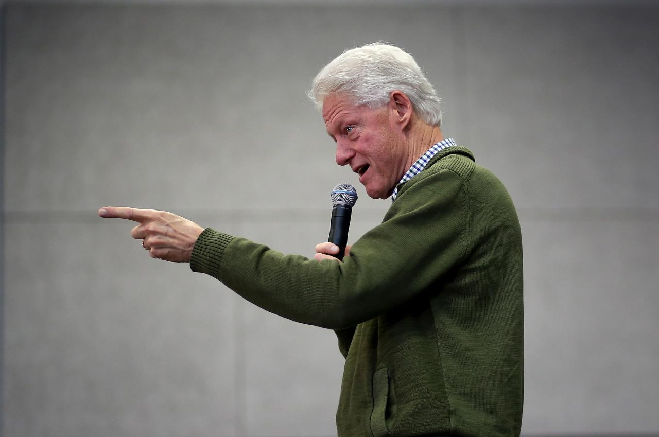 Bill Clinton Rocks The Best Grandpa Style