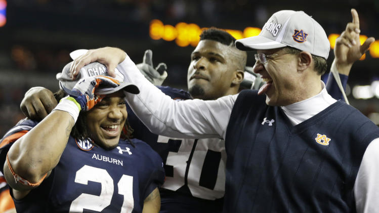 Auburn's Malzahn, Mason receive SEC awards