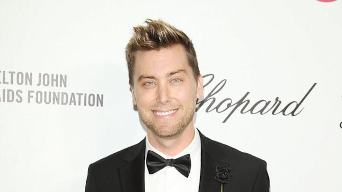 Lance Bass At White House to Plug Obamacare, But Has A Twitter Fail