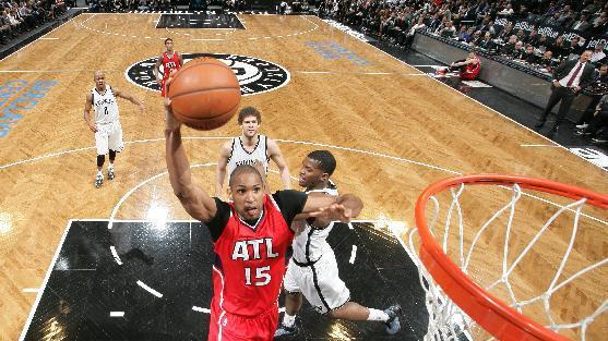 Horford's dunk helps Hawks edge Nets, 114-111