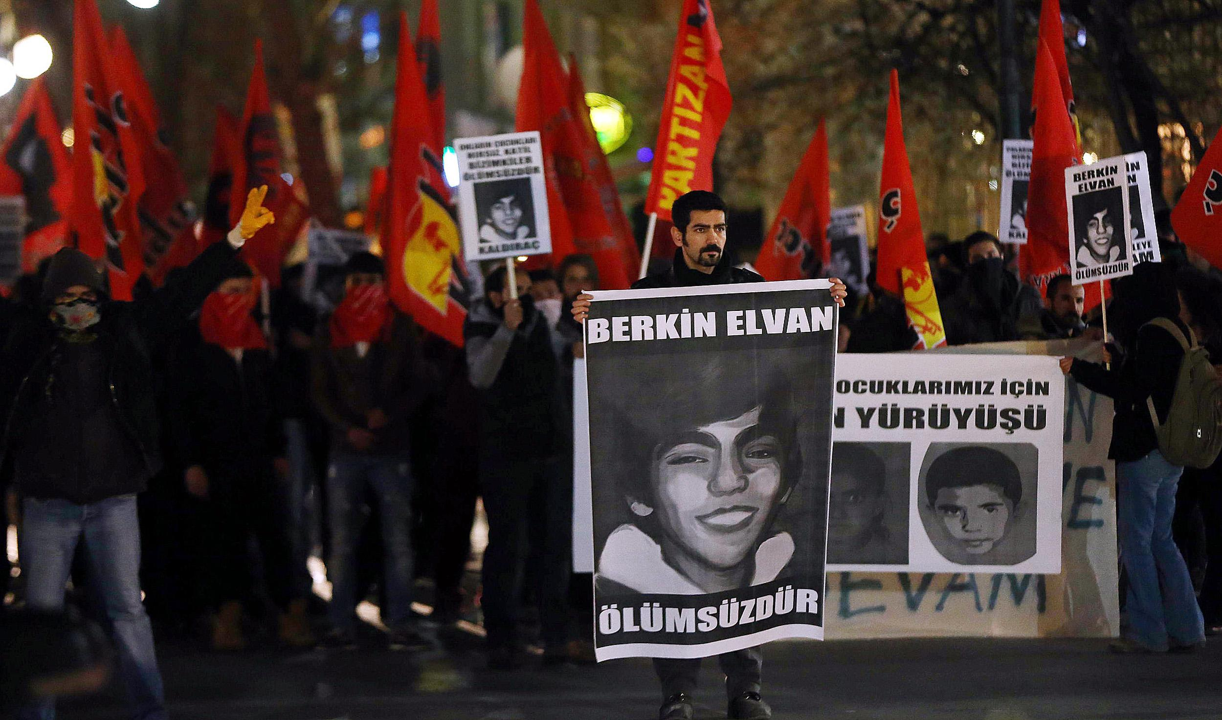 Turkish policeman on trial for hailing killing of teen protester