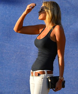 blog-paulina-gretzky2-0108.jpg