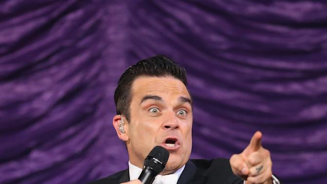 Robbie Williams Performs Live In Melbourne