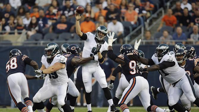 QBs look sharp, Bears beat Eagles 34-28