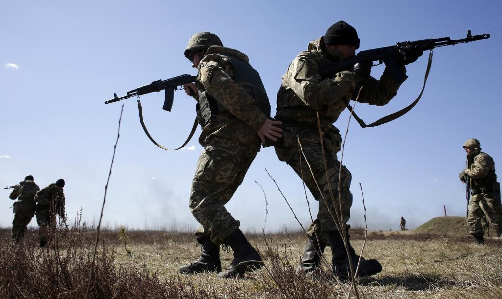 Ukraine says five soldiers killed as talks resume over truce