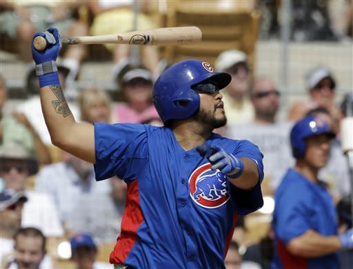 Dayan Viciedo powers White Sox past Cubs, 15-3