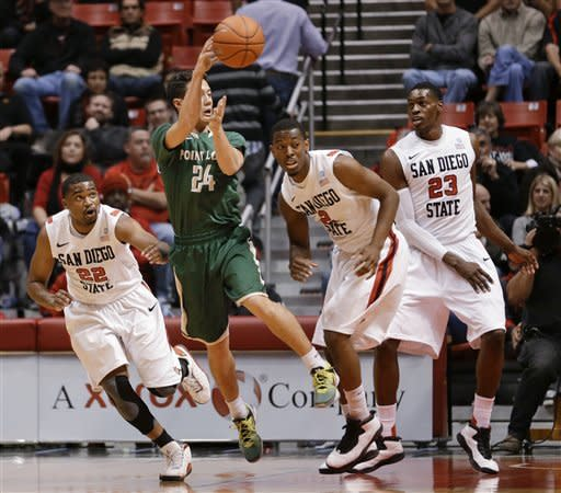 Thames, Tapley lead No. 18 SDSU over Point Loma