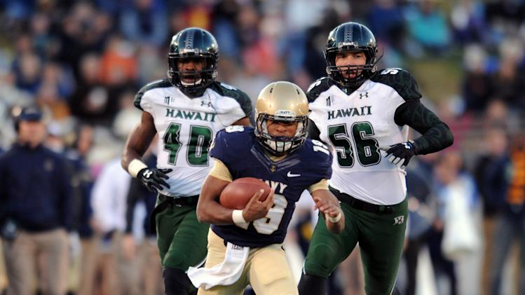 Reynolds, Navy run over Hawaii 42-28