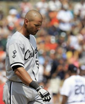 Cabrera hits 300th HR, Tigers beat White Sox 6-4
