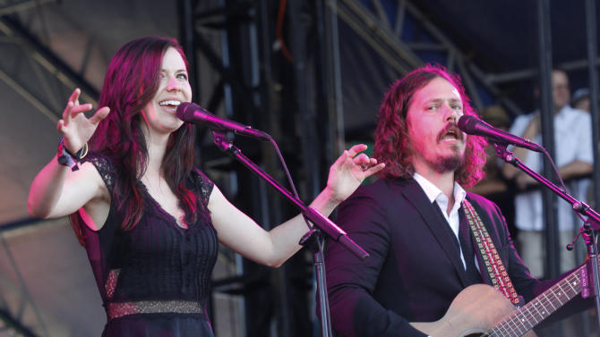 FILE - This Oct. 14, 2012 file photo shows Joy Williams, left, and John Paul White of The Civil Wars at the Austin City Limits Music Festival in Austin, Texas. Grammy-winning duo  announced the release of a new album on their website Wednesday, May 1, 2013. They posted an image of the new self-titled album's cover along with a pair of handwritten notes from Joy Williams and John Paul White thanking fans for their patience. (Photo by Jack Plunkett/Invision/AP, file)