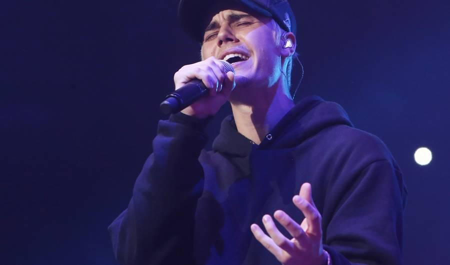 What Song Will Justin Bieber Sing at the Grammys?