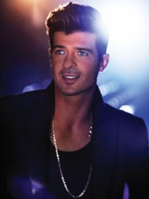 "Robin Thicke on ""Blurred Lines'' 'Rapey' Lyrics: ""That's Ridiculous"""