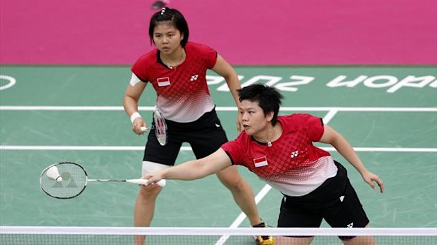 Indonesia&#39;s Greysia Polii and Meiliana Jauhari in action during the London 2012 Olympic badminton tournament (Reuters)