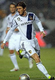 David Beckham is benched at halftime in an embarrassing Galaxy loss to the Revolution