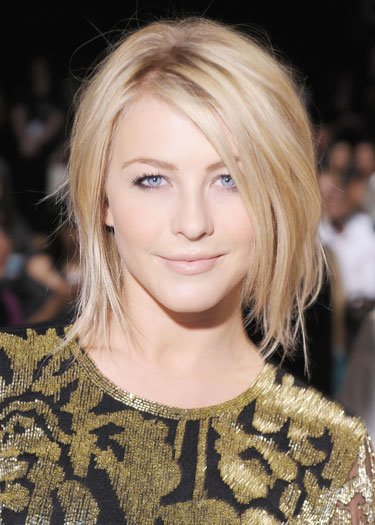 Julianne Hough's Razor Bob