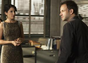 'Elementary' episode 'The Long Fuse' is long on mystery: Recap
