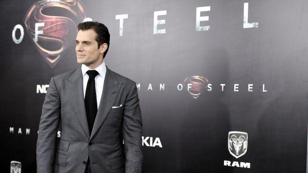 Henry Cavill Throws Kryptonite at 'Justice League'