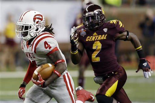 Central Michigan edges Western Kentucky 24-21