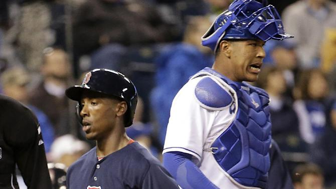 Royals fall out of 1st with 4-2 loss to Red Sox