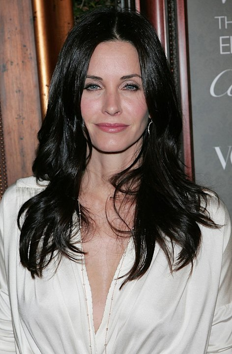 Courteney Cox Arquette attends the Art of Elysium's 2nd annual black tie gala at Vibiana on January 10, 2009 in Los Angeles, California.
