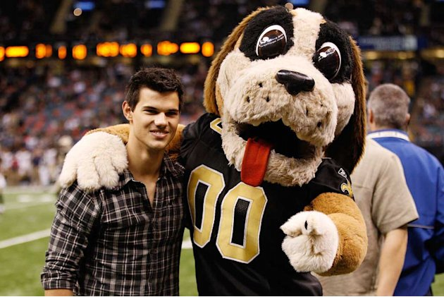 Lautner Taylor Saints Football Gme