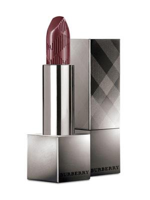 5. Berry-Stained Lips