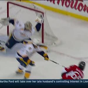 Rinne stuns Karlsson with dramatic glove save