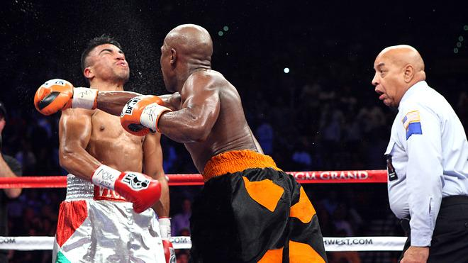 AFP PICTURES OF THE YEAR 2011 Floyd Mayweather Jr. Slams A Right To The Head Of WBC Welterweight Champion Victor Ortiz AFP/Getty Images