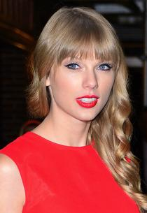 Taylor Swift | Photo Credits: James Devaney/WireImage
