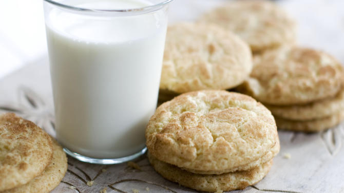 In this image taken on Monday, Nov. 5, 2012, eggnog snickerdoodle cookies are shown in Concord, N.H. (AP Photo/Matthew Mead)